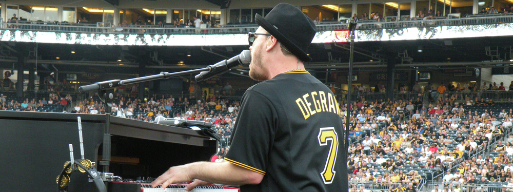 Gavin DeGraw - Pirates Post-Game Concert Performance-FP